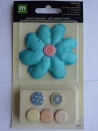 5688- Making Memories 6 x l.blauw/turqoise bloemen & 6 x brads OPRUIMING