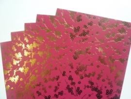 003076- 5 vellen fotokarton donkercerise/goud A4-formaat 350grams OPRUIMING