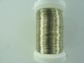 6465 722 - 150 meter metaaldraad antiek zilverkleur - dikte 0,25 mm.