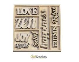 CE811500/0182- 40 stuks houten ornamentjes in een doosje teksten 10.5x10.5cm