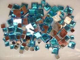 2282 053- 110 x kunststof strass stenen assortiment vierkanten van 6/10/12mm turkoois
