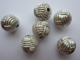 8813- 6 stuks aluminium kralen van 14.5mm zilverkleur