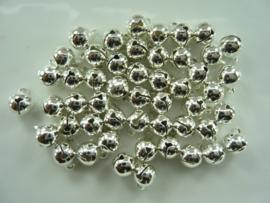 2610- 50 stuks kattenbelletjes 8mm zilverkleur - SUPERLAGE PRIJS!
