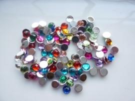 ca. 130 stuks strass stenen mix van 6mm kunststof diverse kleuren - SUPERLAGE PRIJS!