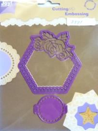 0002371- Joy0038- stencil zeshoek met bloem 8.5x8.5cm OPRUIMING