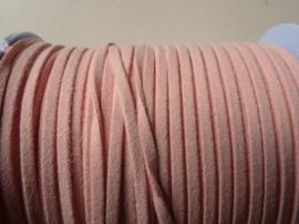 3 meter imitatie suede veter van 3mm breed lichtroze