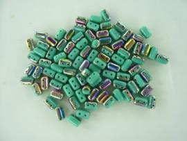 807- ca. 90 stuks glaskralen met 4 gaatjes 5x3mm turquoise/oliezwart