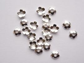 6.5mm zwaar metalen kralenkapjes 20 stuks zilver - CH.021