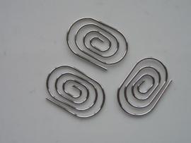 metalen tussenstuk clip ovaal 30x20 mm. zilver