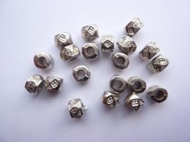 2633- 20 stuks licht metalen spacerkralen 9x6mm antiekzilver - SUPERLAGE PRIJS!