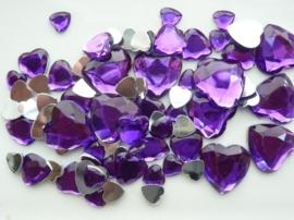 2282 0260- 80 x kunststof strass stenen assortiment hartjes van 8 tot 18mm lang paars