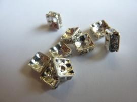 10308/124- 4 stuks vierkanten strass ringetjes van 6x6mm zilverkleur crystal blank