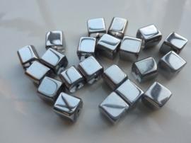 3720- 20 stuks electroplated glaskralen vierkant 8x8mm zilver - SUPERLAGE PRIJS!