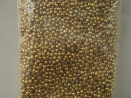 4CB15- ca. 5000 knijpkralen 2mm goudkleur