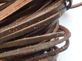 1 meter echt leren platte veter d.bruin van 3mm breed - SUPERLAGE PRIJS!