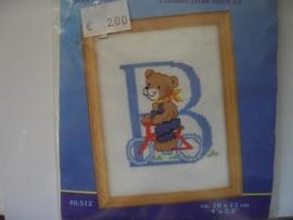 144- letter B  10x13cm