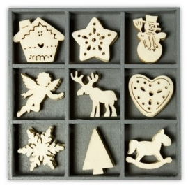 1852 1028- box met 45 stuks houten ornamentjes kerst no.4 10.5x10.5cm