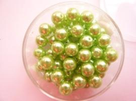 50 x ronde glasparels in een doosje 6mm lichtgroen - 2219 644