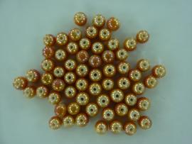 3710- ca. 60 stuks glaskralen van 6mm lichtbruin met high gloss glans coating