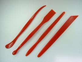DH788701/01- 4 stuks boetseer spatels van 17cm lang