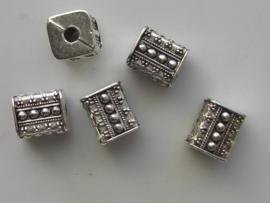 117465/0616- licht metalen kraal 10x9x9mm
