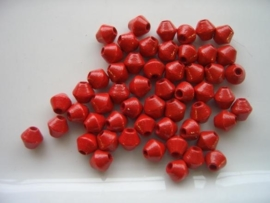50 x houten kralen tolvorm rood 6033