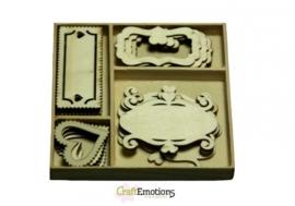 CE811500/0205- 20 stuks houten ornamentjes in een doosje fantasie frames 10.5x10.5cm