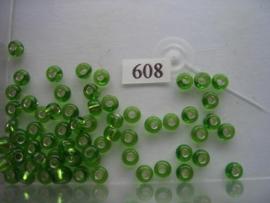 608- 6mm glazen rocailles zilverkern licht groen 15gr