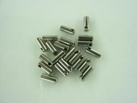 5850- 20 stuks koordkapjes / veterkapjes 7x2.5mm staalkleur