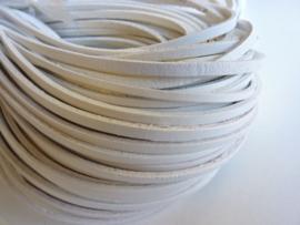 5 meter echt leren platte veter helder wit van 3mm breed  - SUPERLAGE PRIJS!