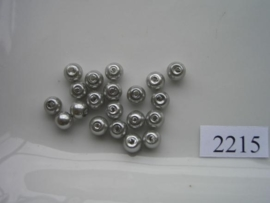 2215- 20 x glasparels 6mm licht grijs