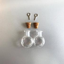CE453101/2313- 2 stuks glazen flesjes hangers bollen 19.2x10x24mm