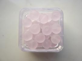 1575- 25 stuks frosted glaskralen van 6mm roze