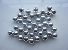 2181- ca. 50 stuks kunststof parels van 8mm zilver