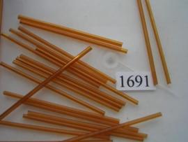 1691- 60mm glazen stiftjes licht bruin 15 gr