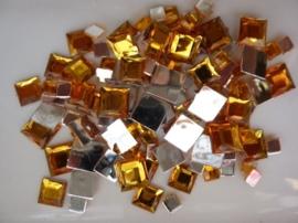 2282 014- 110 x kunststof strass stenen assortiment vierkanten van 6/10/12mm goud geel