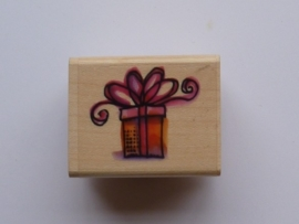345- OPRUIMING stempel kerst cadeautje 4x3cm