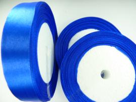 rol met 22.86 meter kobalt blauw satijnlint van 20mm breed - SUPERLAGE PRIJS!
