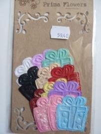 5948- Prima frosty treats cadeautjes van 4x4.5cm 12 stuks OPRUIMING