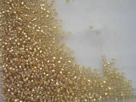 632- 2.2mm glazen rocailles olie goud AB glans 17gr
