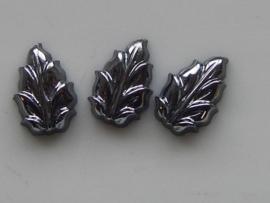 5146- 3 x glas blaadje 12x8mm metallic grijs
