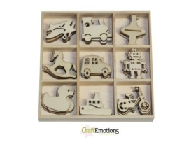 CE811500/0222- 45 stuks houten ornamentjes in een doosje speelgoed 10.5x10.5cm