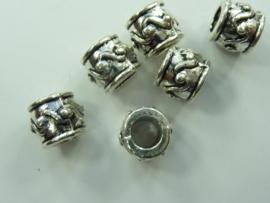 CH.336- 6 stuks metalen kralen met groot gat 9x8mm
