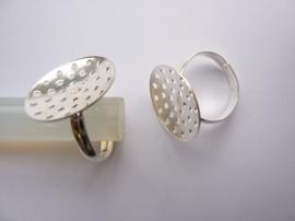 CH.163.19 - 2 x verzilverde ring met zeefje 19mm verstelbare ringmaat