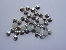 000643- 40 kristalsteentjes SS30 6.4mm  antraciet - SUPERLAGE PRIJS!