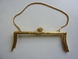 66- tasbeugel met ketting 18cm goudkleur