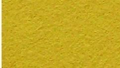 112500/0146- vilten lapje van 1mm dik en 20x30cm groot donkergeel