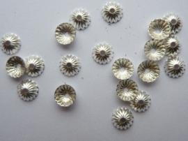 4.5mm kralenkapjes 20 stuks zilverkleur - SUPERLAGE PRIJS!- CH.137.20
