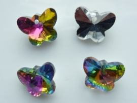 117471/0839- 4 x geslepen glashangers vlinders 14x10mm olie zwart AB