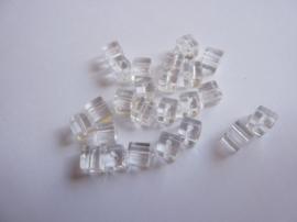 3951- 25 stuks glaskralen vierkant 4x4mm glashelder transparant